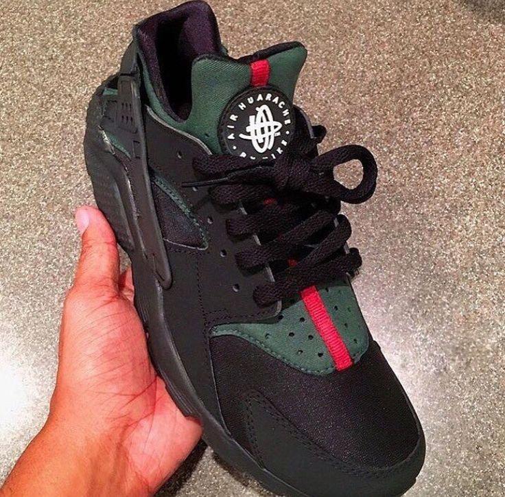 scarpe nike huarache gucci