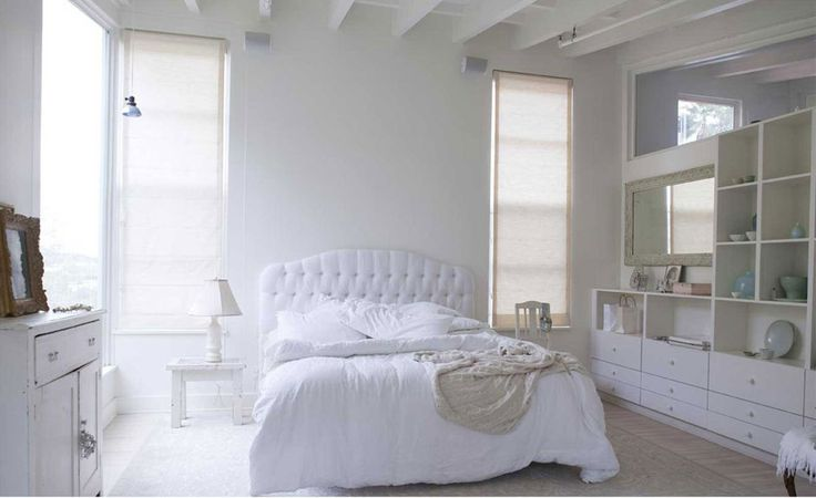 white headboard: Decor, Dreams Bedrooms, Inspiration Boards, White Bedrooms, Master Bedrooms, Wiener Dogs, Guest Rooms, Bedrooms Ideas, Shabby Chic Bedrooms