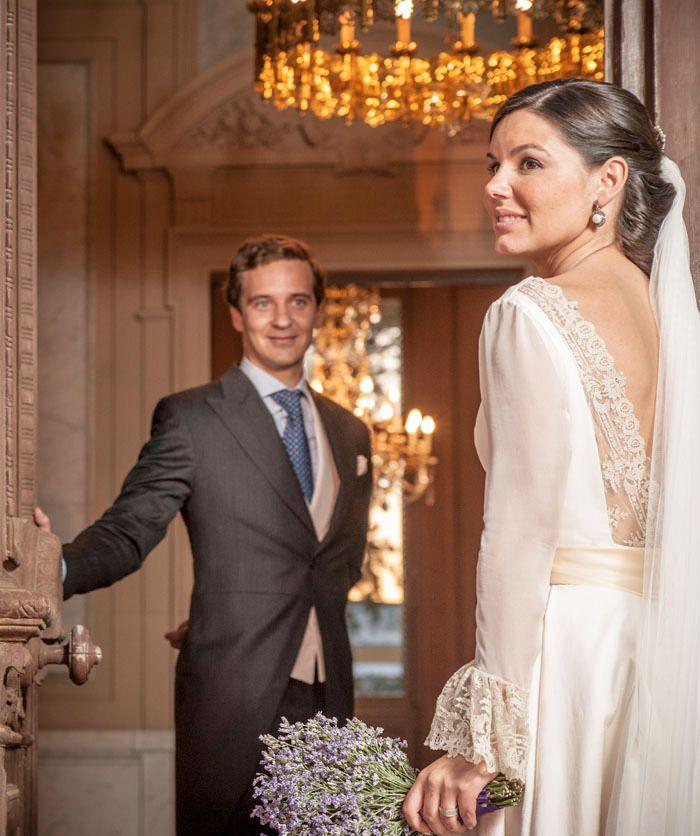 Vestido de novia con espalda de encaje de Bruselas