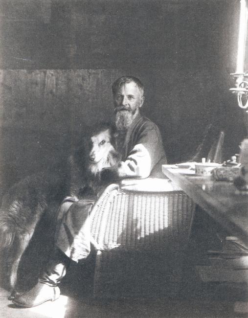 Константин Коровин. Старые фотографии К.А.Коровин с собакой, 1933 год