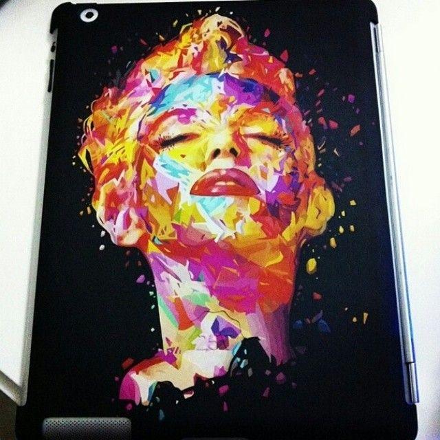The iPad of @Martina Pinto dressed to kill! ;)  #TwentyfiveSeven #iPad #cover #illustration #kaneda #Marilyn #hinnovation #habrastudio #black