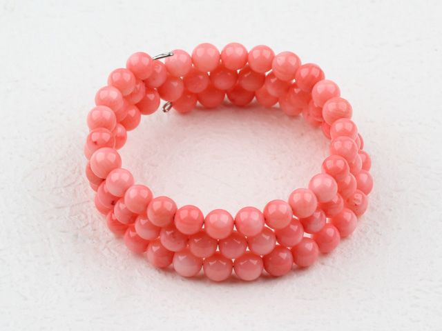 Coral jewelry can always perfectly express our youth and individuality in a proper way. How could we lack it in our life? From Aypearl.com, you can get the broadest selections for fashion coral jewelry.