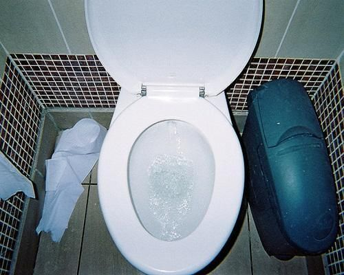 How To Fix A Clogged Toilet ~ http://lanewstalk.com/tips-of-how-to-fix-a-clogged-toilet/