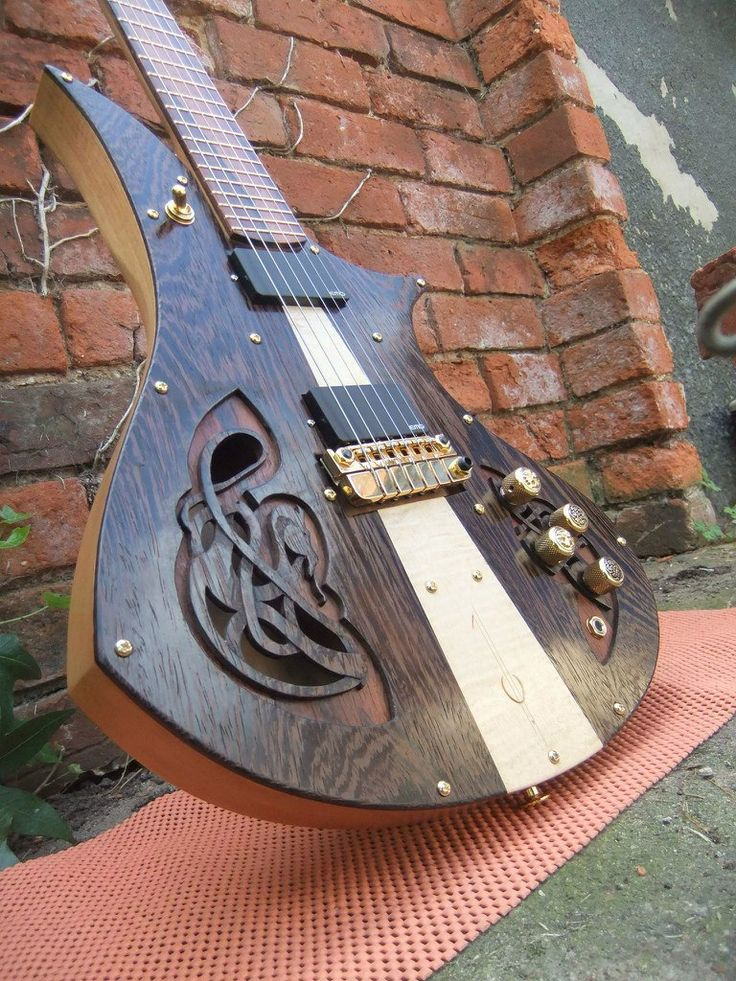 Eric Charpentier Guitars…