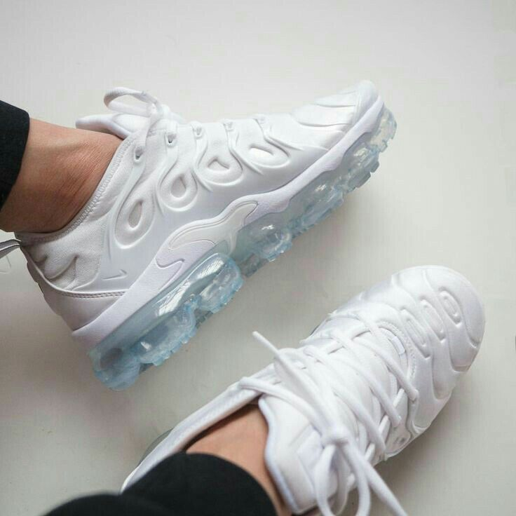 Pin By Deja Johnson On Shoes Sport Shoes Sneakers Fresh Shoes Gym Shoes