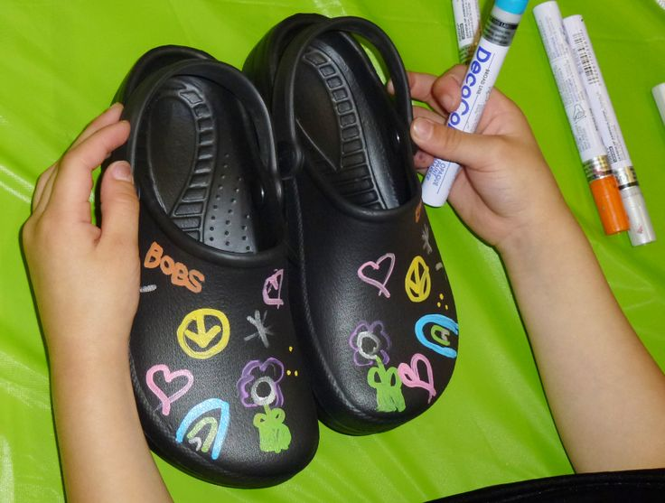 Great BOBS from SKECHERS shoe decorating at the Seattle, WA donation event!