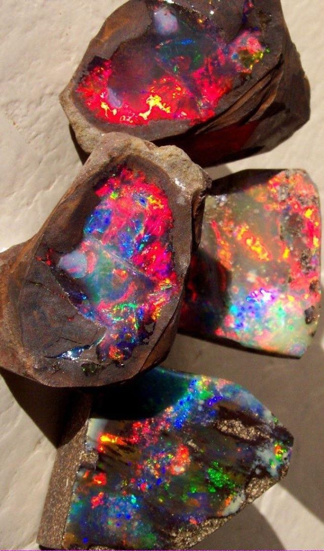 Boulder Opal from three different opal mining areas , Kurran, Bullgroo and Pinkilla , all located in Queensland , Australia
