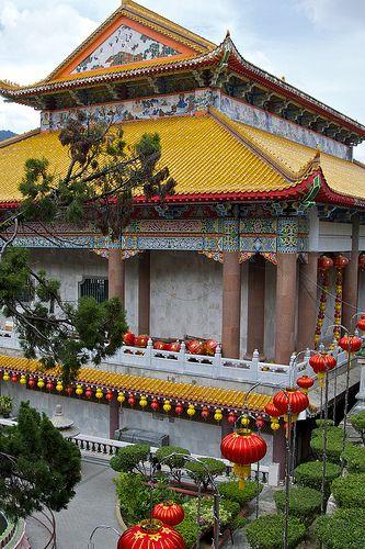Penang (Malaysia) -  Kek Lok Si Buddhist temple by AroundtheWorldwithKid, via Flickr