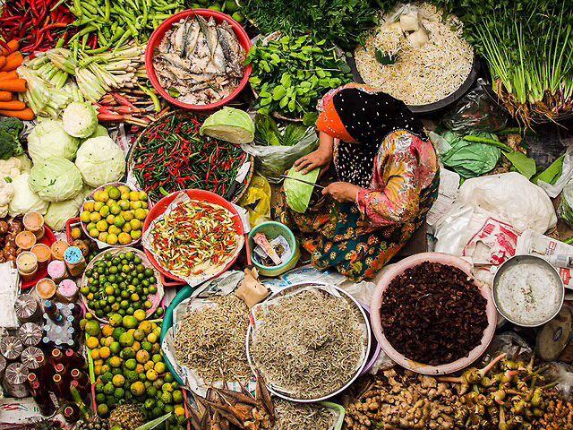 La belleza del color de la naturaleza  El mercado de Siti Jadiya en Malasia