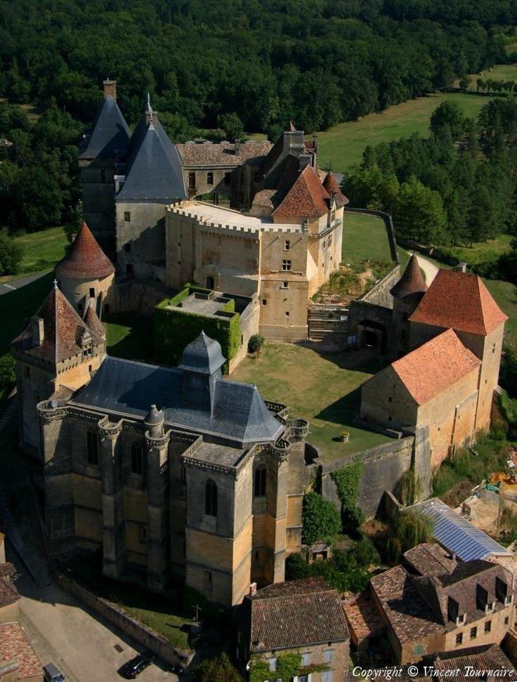 Château de Biron ~ Dordogne ~ France