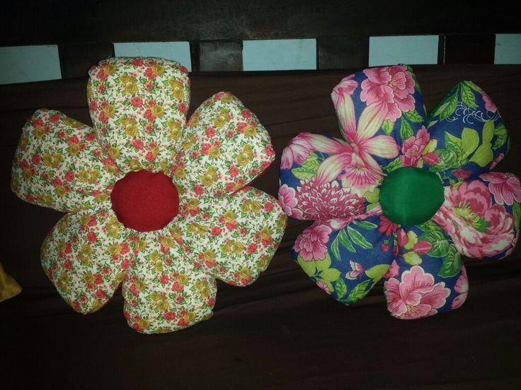 Almofadas dupla face de flor