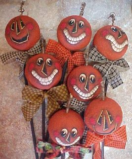 halloween pumpkin heads tutorial from the vintage dresser - Halloween Diy Crafts