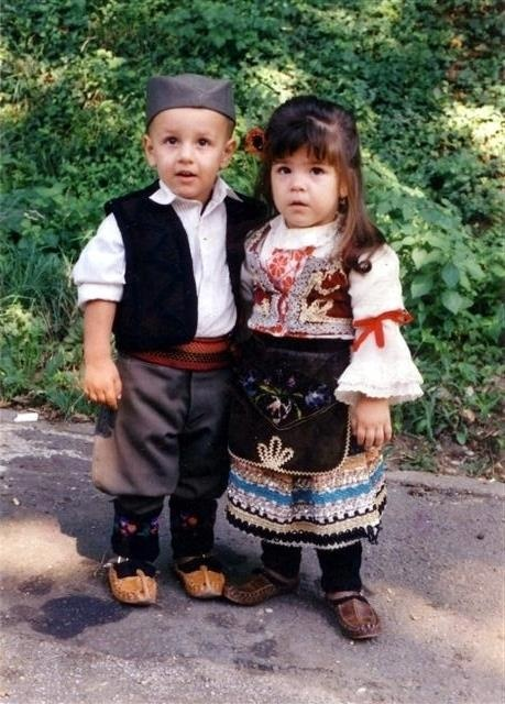 Serbian children in traditional clothes <3