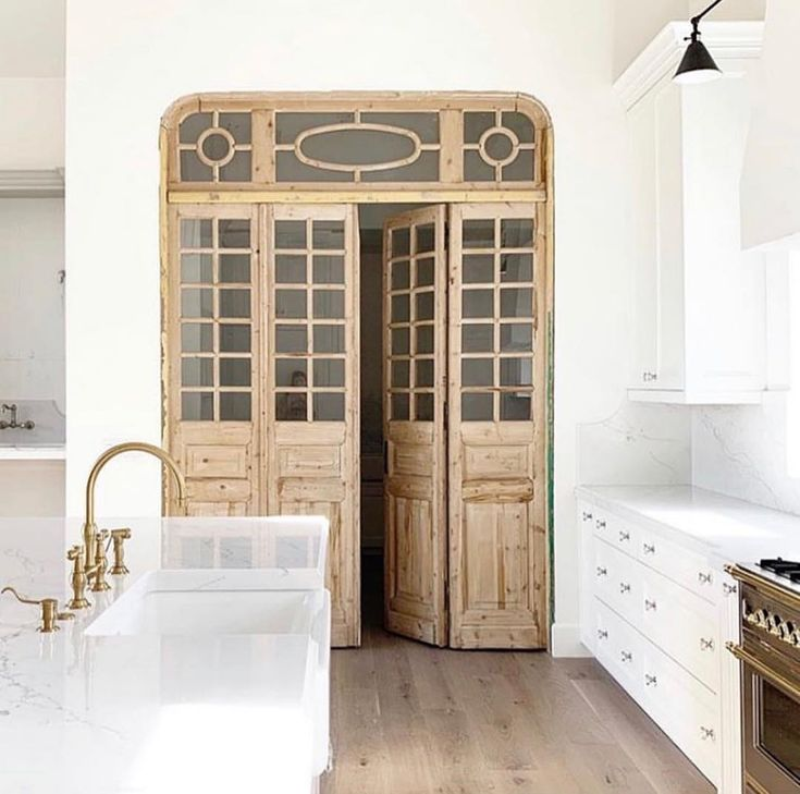 """22 Jaw Dropping Small Kitchen Designs: Vivir Design On Instagram: """"These @antiquitieswarehouse"""