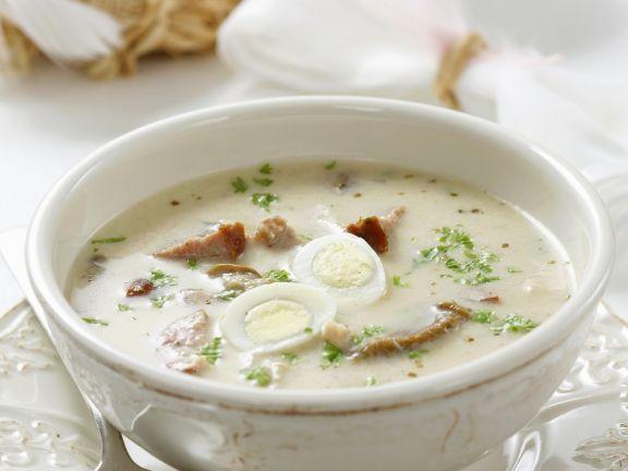 Polnische Suppe mit Wurst und Wachteleiern (Zurek) ist ein Rezept mit frischen Zutaten aus der Kategorie Suppen. Probieren Sie dieses und weitere Rezepte von EAT SMARTER!