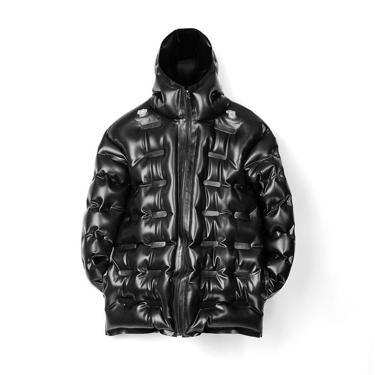 Christopher Raeburn Men's Inflatable Puffer Jacket - Black Latex