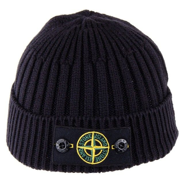 "Stone Island Beanie oh ""yes"" @stoneisland_official #stoneisland #streetfashion #streetstyle #mensstyle #mensfashion #oldschool #dapper #suave #classic #stylish #fashionbloggers #blackpelican..."