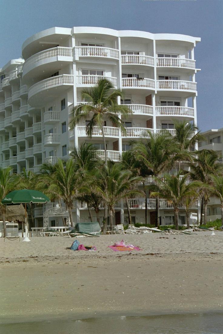 Beachcomber Hotel, Pompano Beach, Florida=great little hotel, love it