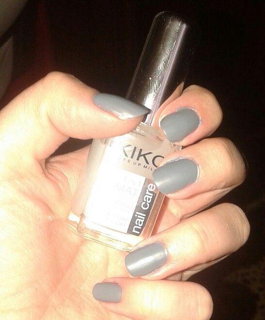 UÑAS MATE! ;)  Gris 327 nail lacquer, KIKO + 3 en 1 base-endurecedor-TopMATE, KIKO