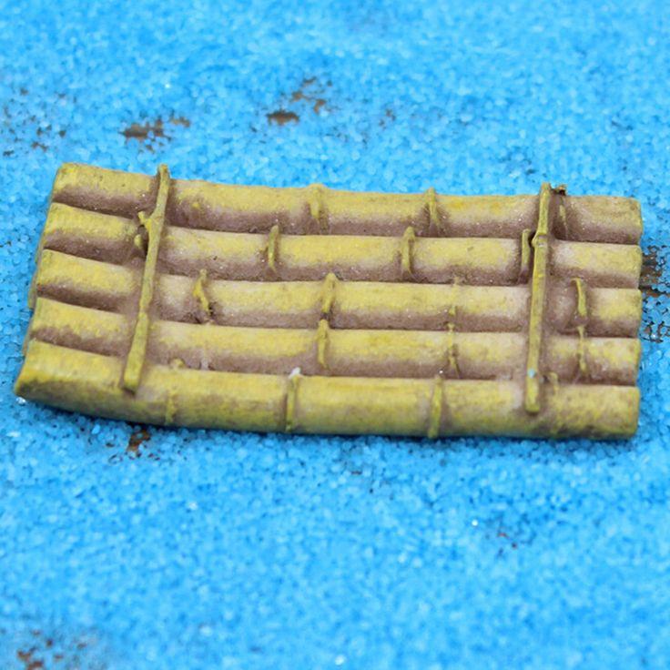 2Pcs Mini Raft Resin Crafts Bamboo Boat Model Ornaments Micro Landscape Garden Decor DIY Mini Dollhouse Supplies New Arrival