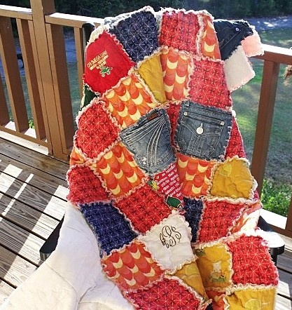 177 best Rag Quilts & quilts... images on Pinterest | Texture, At ... : memory rag quilts - Adamdwight.com