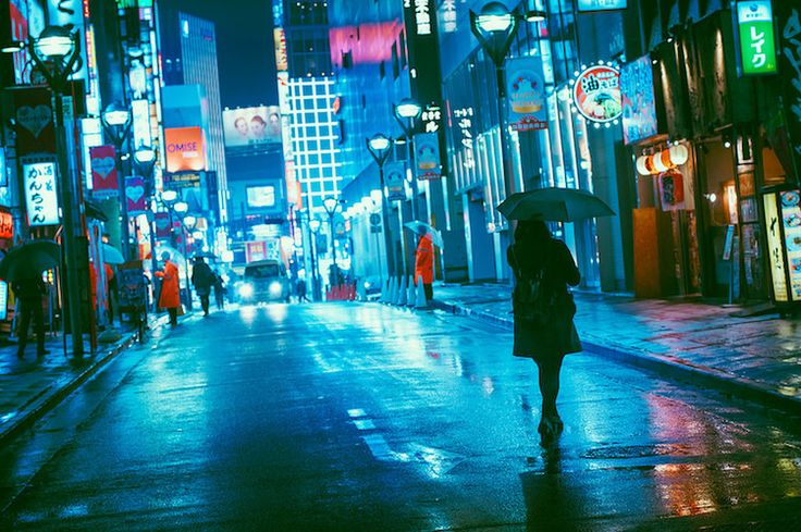 Visually Pulsing Photos of Tokyo at Night Show the City Saturated in Neon Lights