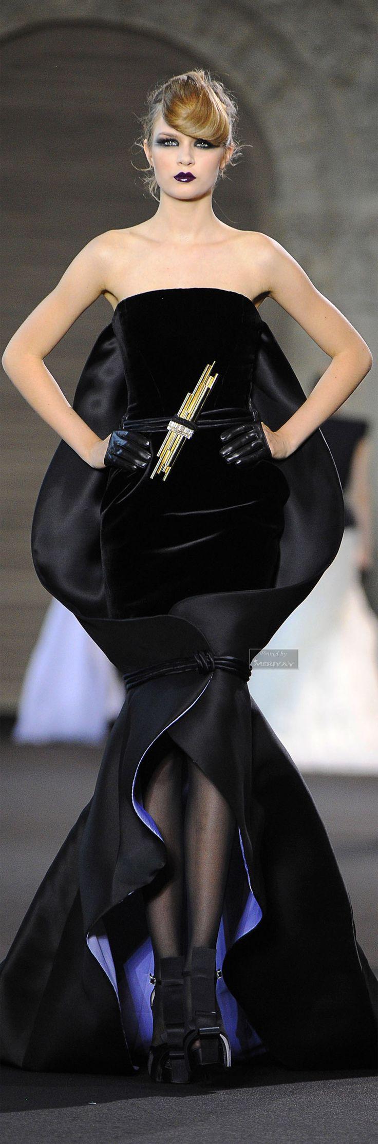 Stéphane Rolland Haute Couture                                                                                                                                                      Mais