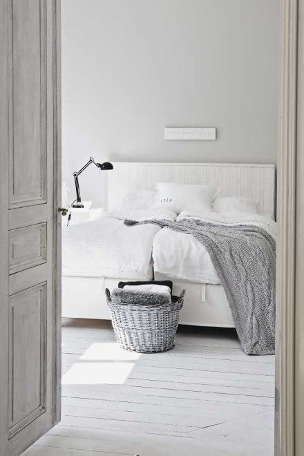 inviting | bubbelsoda white & grey bedroom