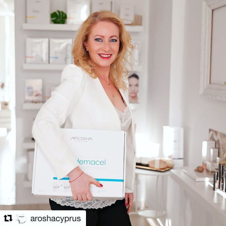 "GREAT PIC FROM AROSHA CYPRUS. #ESTHETICIAN WITH OUR POWERFUL OEDEMACEL #CELLULITEREDUCTION KIT  AROSHA KITS FOR BODY. Specific treatments to solve different skin imperfections:adipose tissue poor skin tone fibrous and oedematous cellulite ""orange peel"" sk"