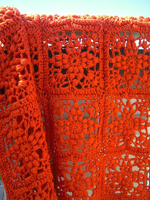 Pretty Crochet Blanket: free pattern