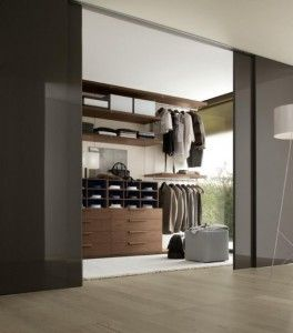 How to Create a Multifunctional Master Bedroom Closet from LoLoModa.com