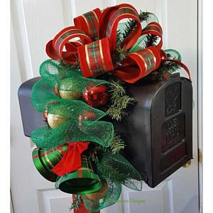 Bell Christmas Mailbox Topper, Green and Red Mailbox Topper, Christmas Mailbox Decoration, Outdoor Christmas Decorations, Green Mailbox Swag