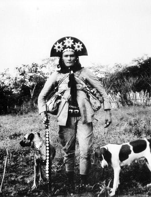 Foto na História: O CANGACEIRO CORISCO