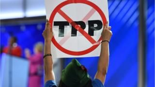 Asia-Pacific trade ministers have agreed to resuscitate the controversial Trans-Pacific Partnership (TPP) trade deal, despite US President Donald Trump abandoning it.