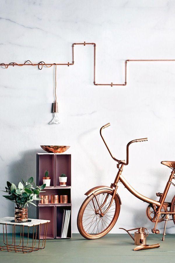 Canalisations en cuivre apparentes pour un style loft. Visible copper pipes. Copper, cuivre, rame, cobre, kupfer.