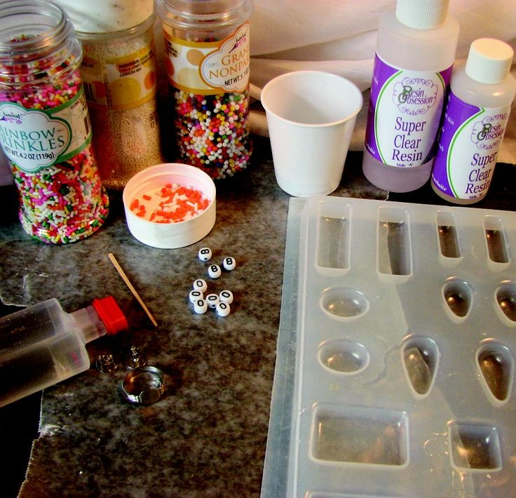 ... faire et réaliser fabriquer bijoux en résine faire ses bijoux