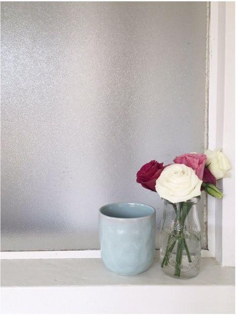 Sally Bay -interior design -interior decorating -home -homewares -white -floral   Instagram: @sally_bay  Website: www.sallybay.com.au