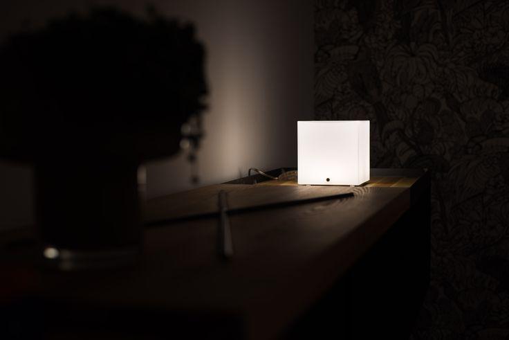 Oltre 25 fantastiche idee su lampade da parete su pinterest illuminazione a parete design - Lampade da parete di design ...