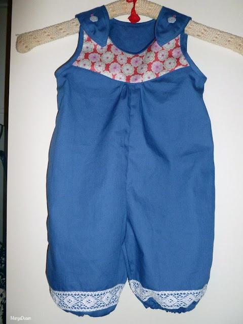 Babybuksedragt, Babygirl suit