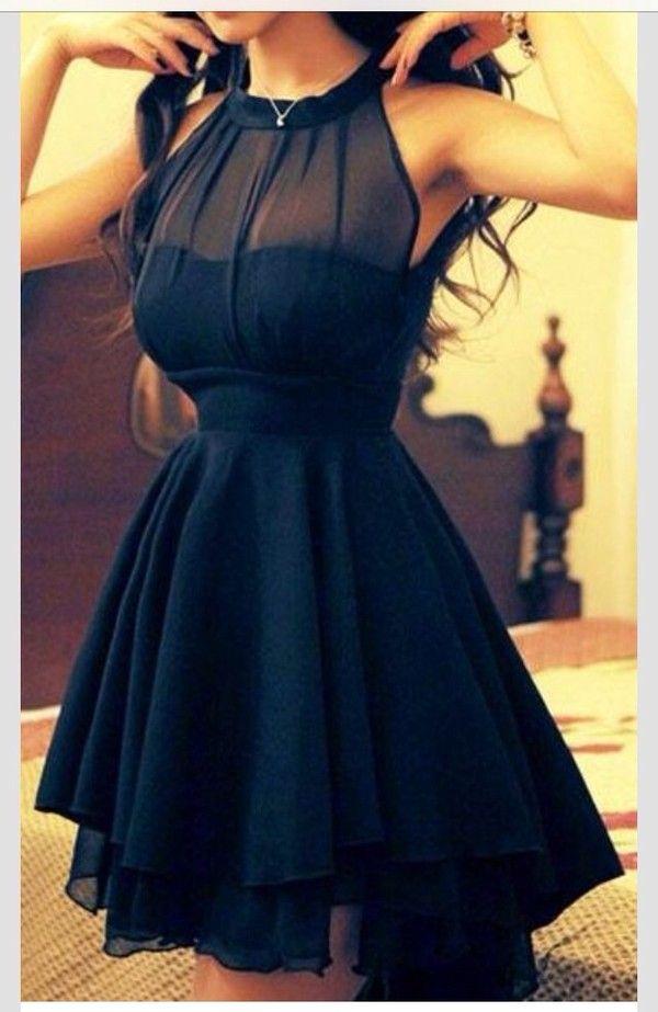 Cute Dresses for Class Reunions