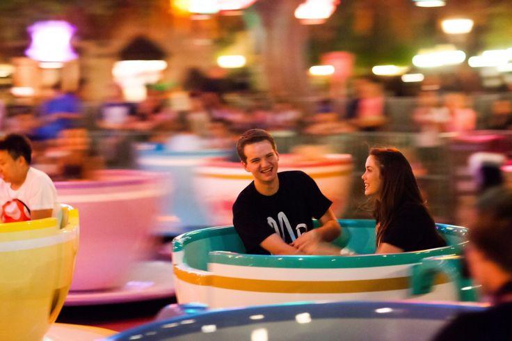 Disneyland Engagement- photo ideas