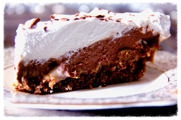 Vegan Chocolate Caramel Cream Pie. Best vegan pie ever! Get the recipe here: http://www.theroadnottaken.com.au/#!chocolate-caramel-cream-pie/c238i