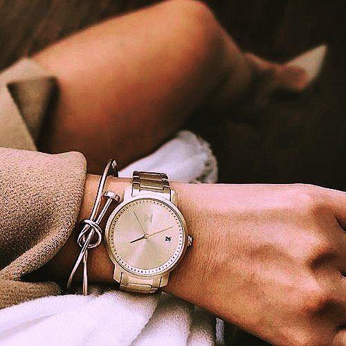 #stylowipl #stylowi #classy #elegancko #pięknie #zegarek #stylowo #look #klasyka #love #beż #szpilki #wieczór