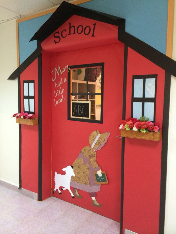 137 best images about bulletin board and door decorations for Back to school door decoration
