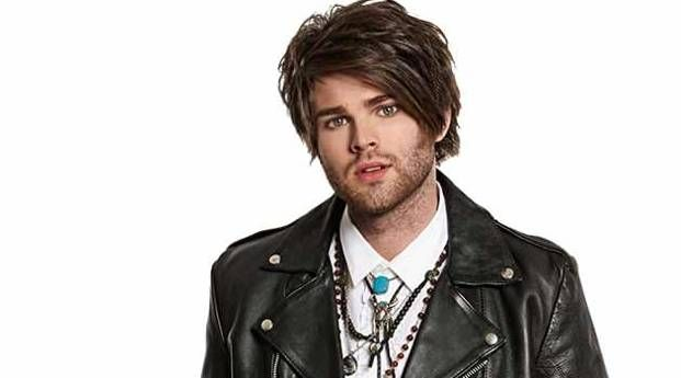 Dean Ray, The X Factor Australia Runner-up 2014: his necklaces! He always wore a turquoise stone at his throat which is the perfect singer's stone aligned right on the throat chakra. And he did amazingly! I wonder if he knew...
