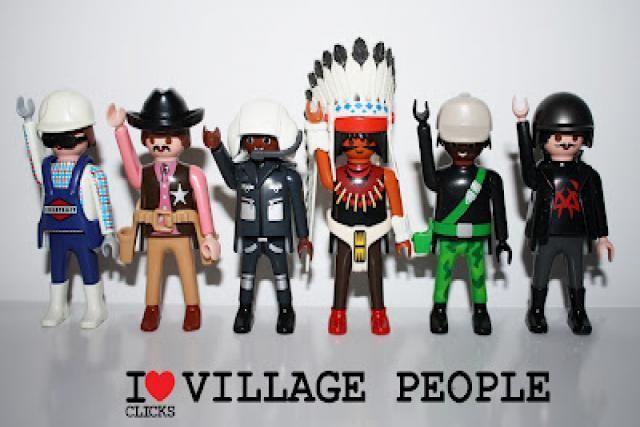 Los grupos de música más famosos de la historia, versión playmobil: VILLAGE PEOPLE