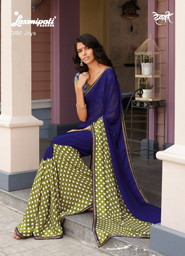 The classy women like vintage and retro look saree. Their destiny comes to end with this half bobby design and half stencil printed saree.