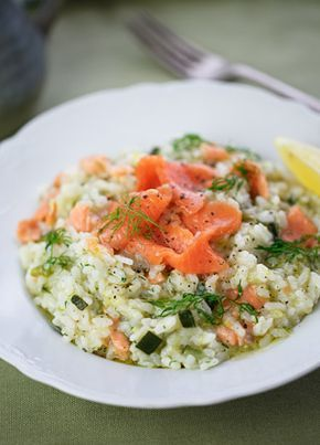 Warm & #tender, this Smoked Salmon Risotto is the ideal meal for this weekend's menu.