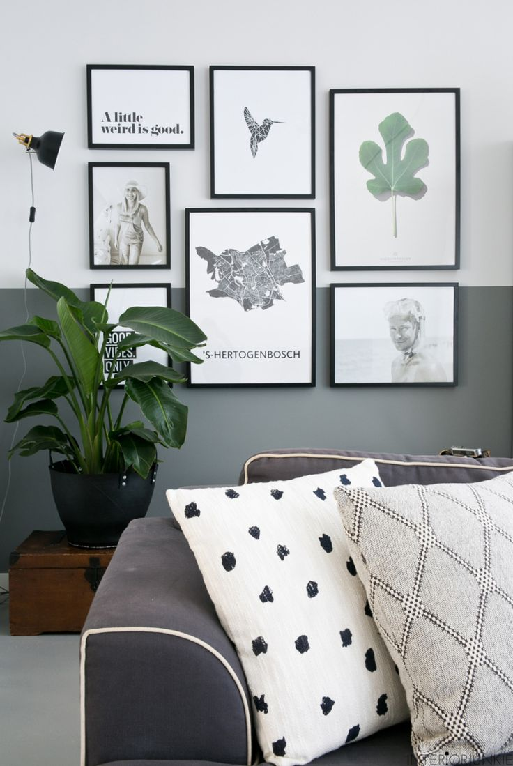 Wand inspiratie | lambrisering mbv verf Misschienwat ansichtkaarten uitvergroten en die ophangen
