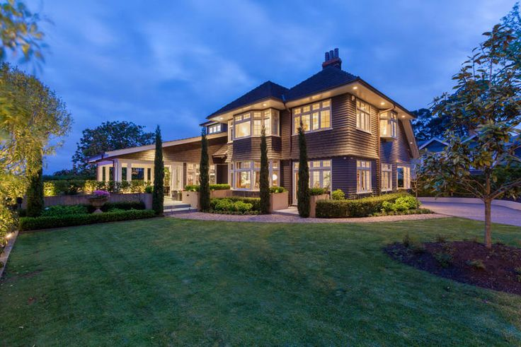 Stunning setting in Remuera Auckland http://www.barfoot.co.nz/532593
